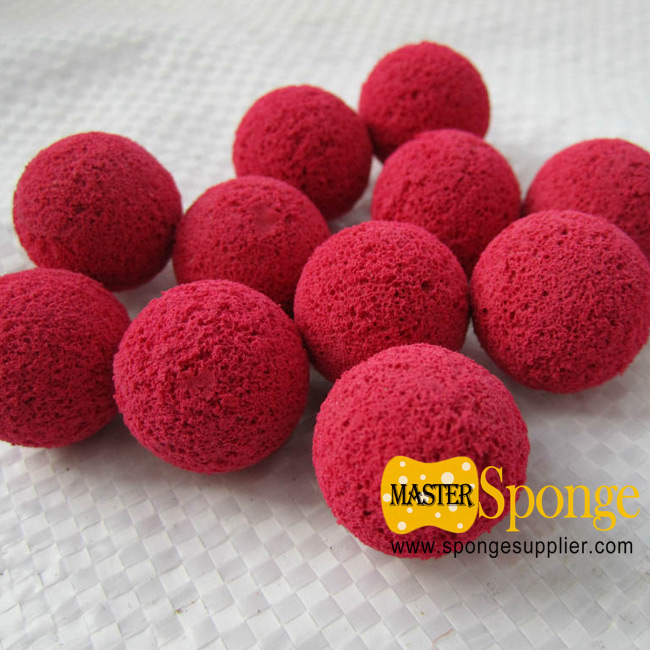 Sponge ball for pipe and pump cleanning